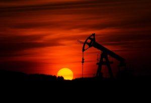2021年の原油相場を予想!相場高騰の背景と今後注目のポイント
